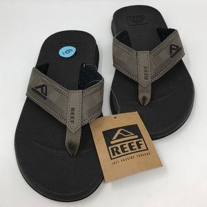 Reef Sandals Size 6 Men NWT